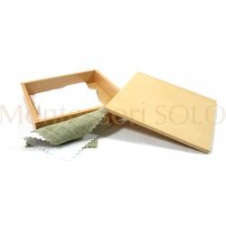 Pudełko na papier do metalowych ramek